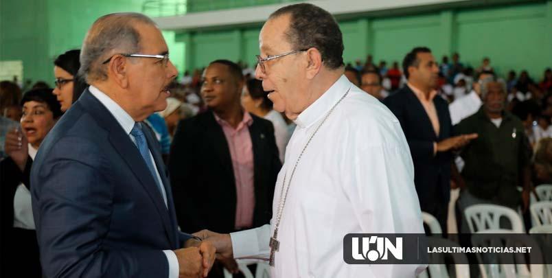 Danilo Medina asiste a misa por creación Vicaría Episcopal Territorial Monte Plata