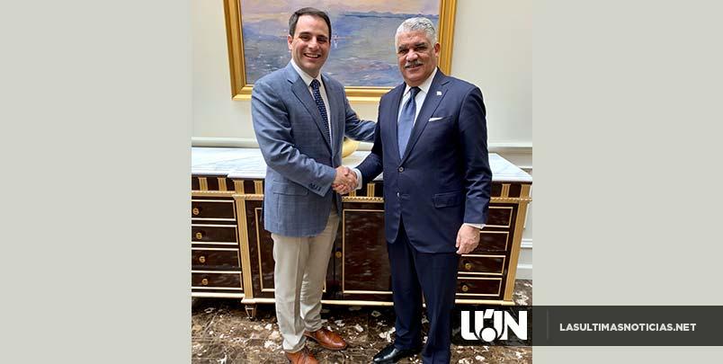 Canciller Miguel Vargas y embajador de EE. UU. ante OEA tratan temas regionales