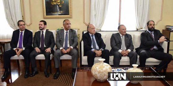 Danilo Medina y Empresarios