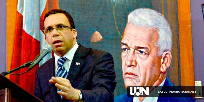 En el aniversario natalicio del  porfesor Juan Bosch, Andrés Navarro llama a peledeistas a ratificar compromiso con  el fortalecimiento del PLD