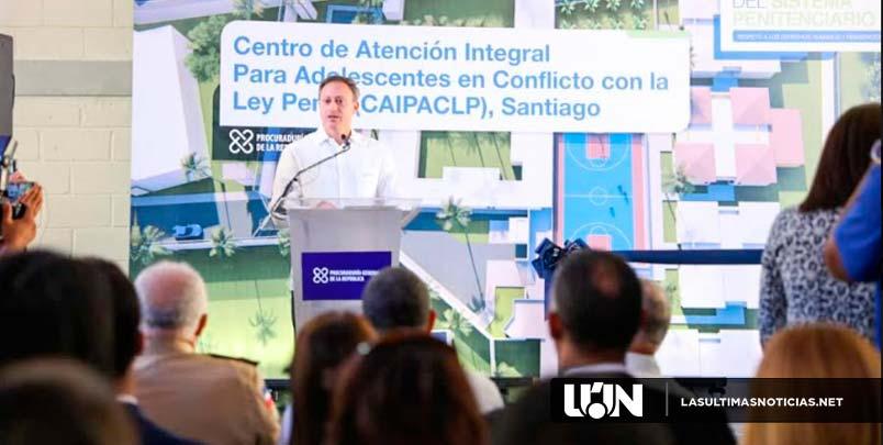 Jean Rodríguez entrega en Santiago moderno centro para adolescentes en conflicto con la ley penal Recibidos x