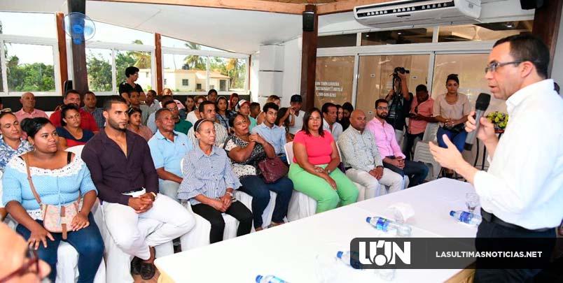 Andrés Navarro dará más apoyo a los emprendedores que tengan negocios familiares