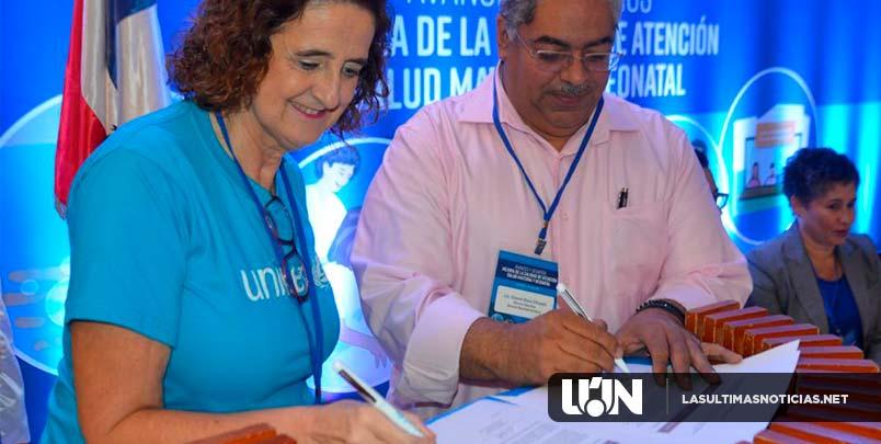 SNS y UNICEF evalúan  acciones de hospitales para reducir mortalidad  materna e infantil