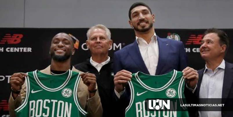 Kemba Walker y Enes Kanter son presentados con Celtics
