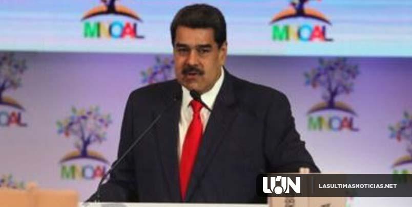 """Maduro denuncia ante los No Alineados las """"sanciones ilegales"""" de EEUU"""