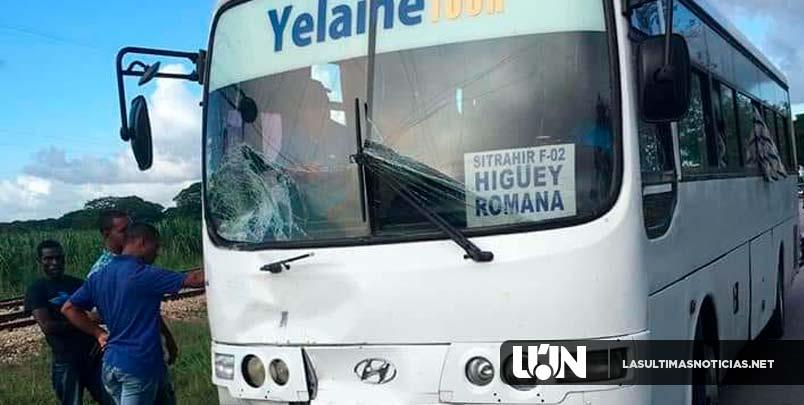 Una persona muerta y 2 heridas es el resultado de un terrible accidente corrido en el tramo Romana Seibo.