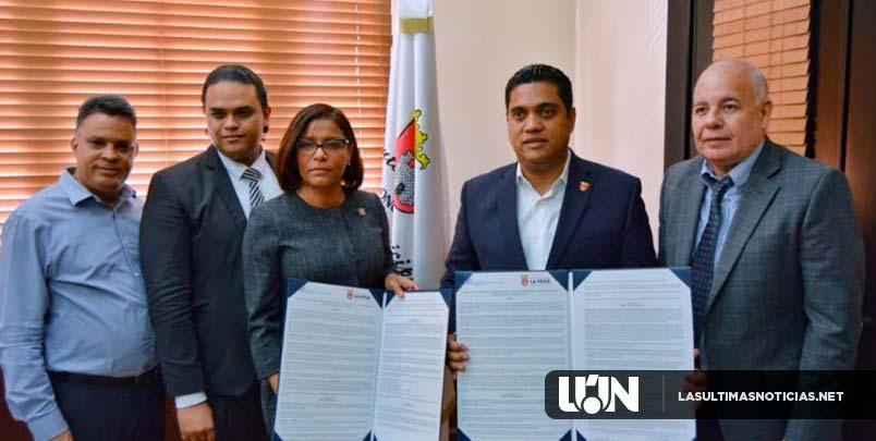 Ministerio Público y Alcaldía de La Vega acuerdan promover reinserción social con programas de trabajo comunitario