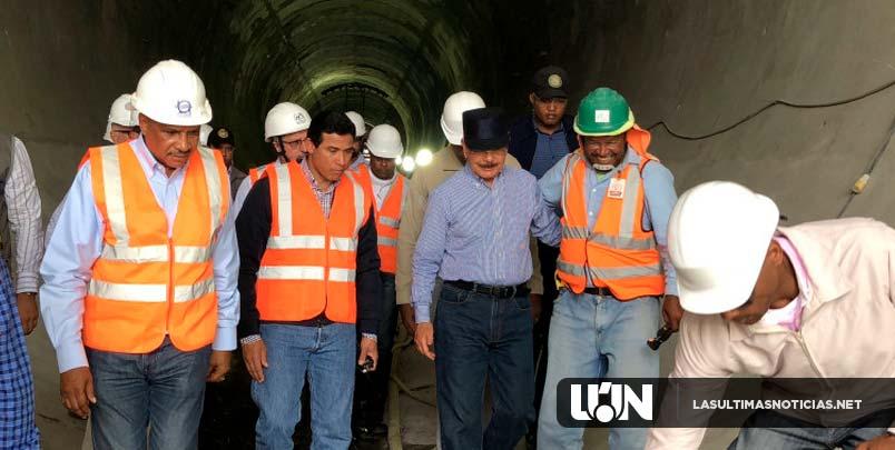Durante amplio recorrido por el Sur: Danilo conoce avances construcción Presa Monte Grande, una de las obras de mayor impacto en esa región
