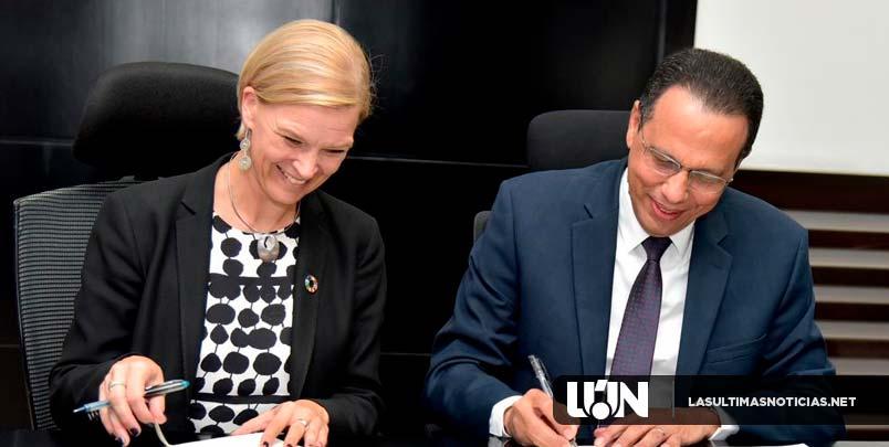 Ministerio de Educación suscribe acuerdo con el PNUD para capacitar a docentes en el área de las TIC´s y elevar proceso  enseñanza-aprendizaje