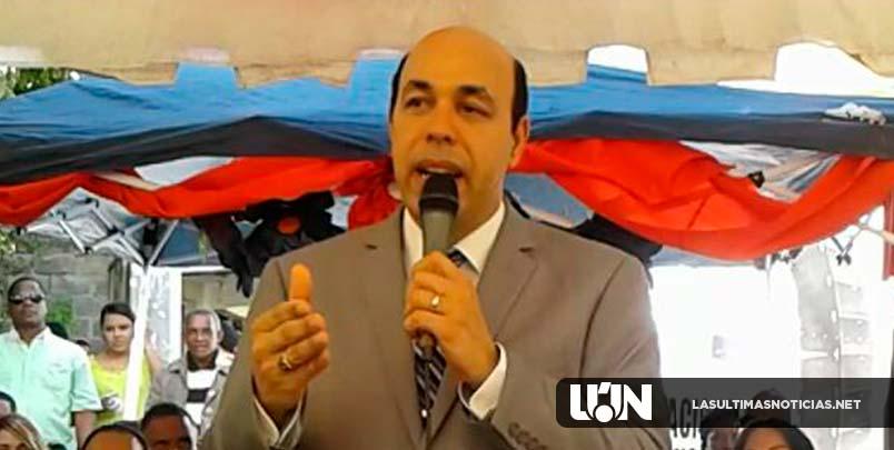 Hipólito Polanco inicia precampaña Presidencial en Herrera, por el PLD, para el 2020.