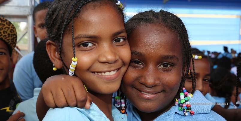 Más escuelas en SDE: Danilo Medina entregará hoy una escuela en Los Frailes