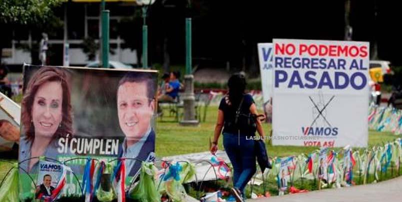 Abren los colegios electorales de Guatemala para elegir al futuro presidente