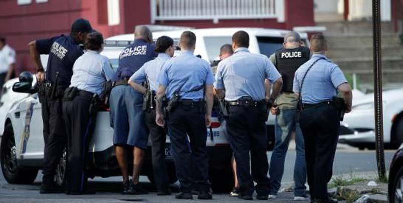 Al menos 5 policías resultan heridos en un tiroteo en Filadelfia