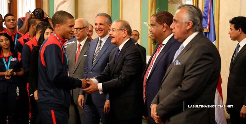 """""""Cumplieron su misión"""": Danilo recibe en Palacio Nacional a medallistas Lima 2019, artífices mejor participación RD en Juegos Panamericanos"""