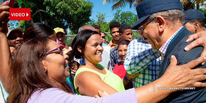 Danilo visita a San Juan y Azua en su Visita Sorpresa