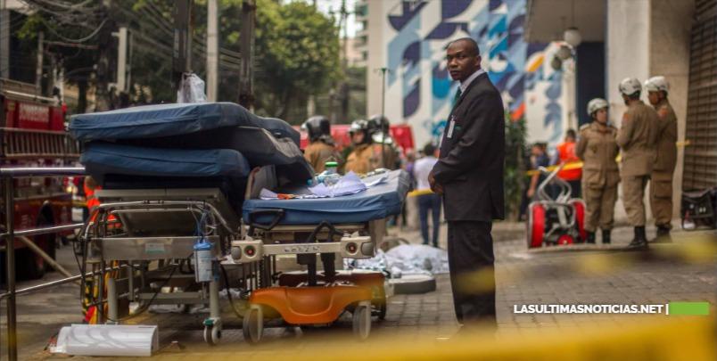 Suben a 11 la cifra de muertos por incendio de hospital en Brasil