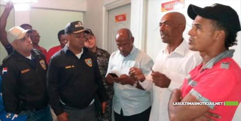 Se entrega a la Policía hombre señalado en muerte de niño en Boca Chica