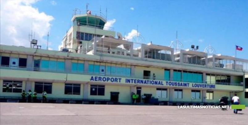 Dos vuelos que iban hacia Haití tuvieron que volver al país por disturbios