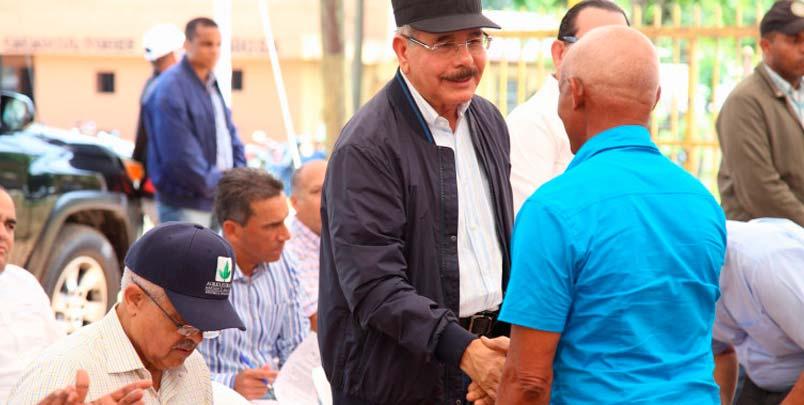Continúa reducción pobreza: Visita Sorpresa de Danilo agregará valor a producción cacaocultores de Duarte, con apoyo para infraestructura