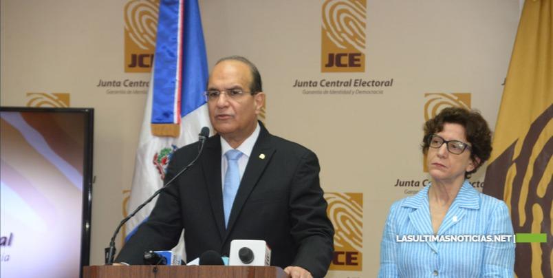 JCE informa 4,906 mesas instaladas exitosamente en Simulacro Nacional del Voto Automatizado de todo el país
