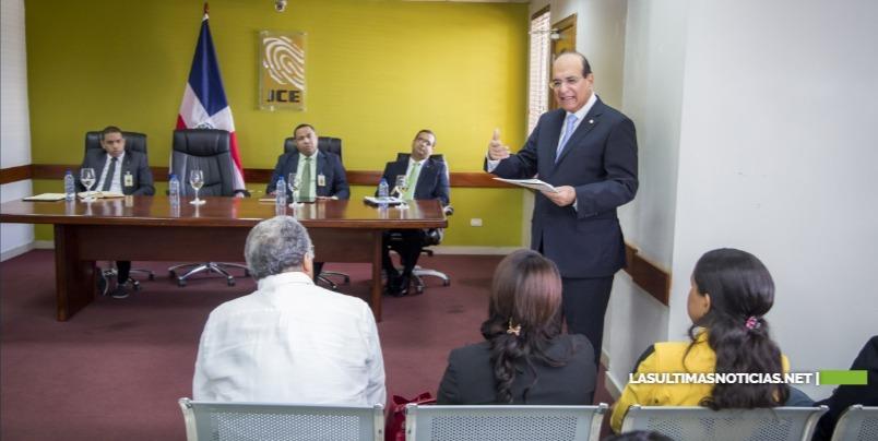Presidente JCE supervisa organización Primarias en la Junta Electoral de Santo Domingo Este