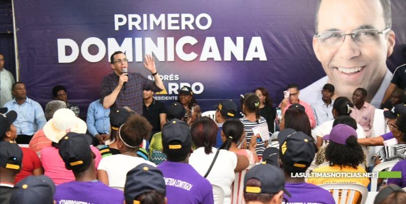 Andrés Navarro fortalecerá programa de apoyo a los emprendedores y microproductores