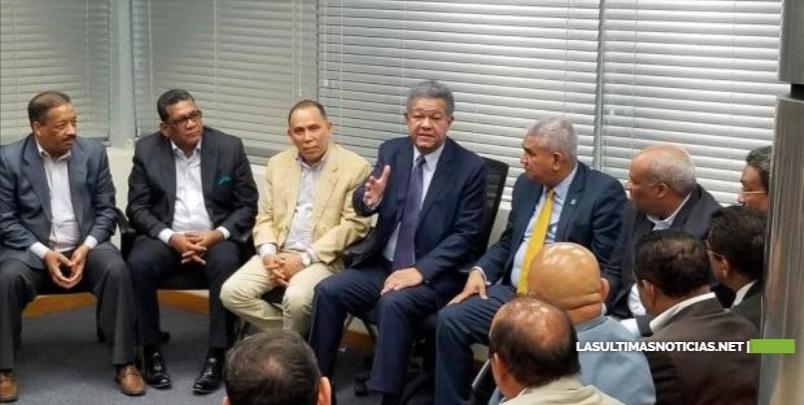 Leonel Fernandez y partidos tienen 10 días para definir un nuevo escenario político