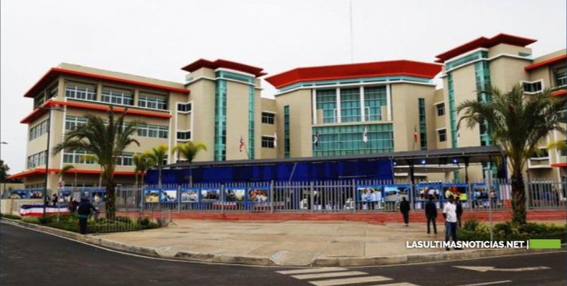 Regidores del ASDE denuncian alcalde dejará deudas por más de 1700 millones