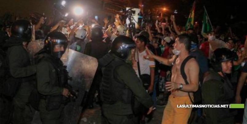 Evo Morales se acerca al triunfo mientras siguen las protestas por fraude