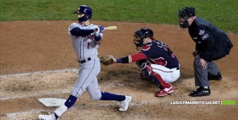 Los Astros vencen 7-1 a Nacionales y quedan a un triunfo de ganar la Serie Mundial