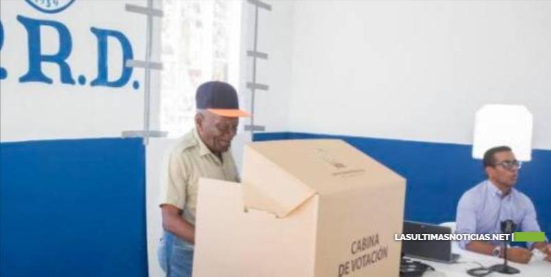 Junta Central Electoral ayudó a 14 partidos en procesos para escoger sus candidatos