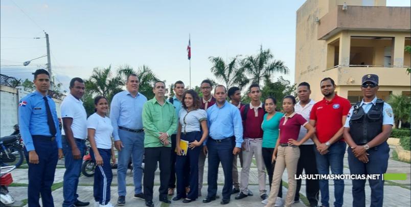 MINERD interviene centro educativo de Bonao para corregir filtración de techo