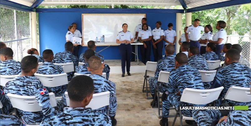 FARD imparte charla sobre la Violencia de Género en el Comando Seguridad de Base