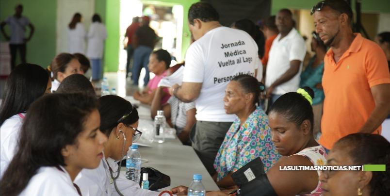 """Gigante jornada de salud """"La vuelta al lago Enriquillo"""" beneficia a más de 10,000 habitantes"""