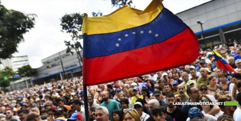 Hacen llamado nuevamente a los venezolanos a la calle a favor y contra Maduro