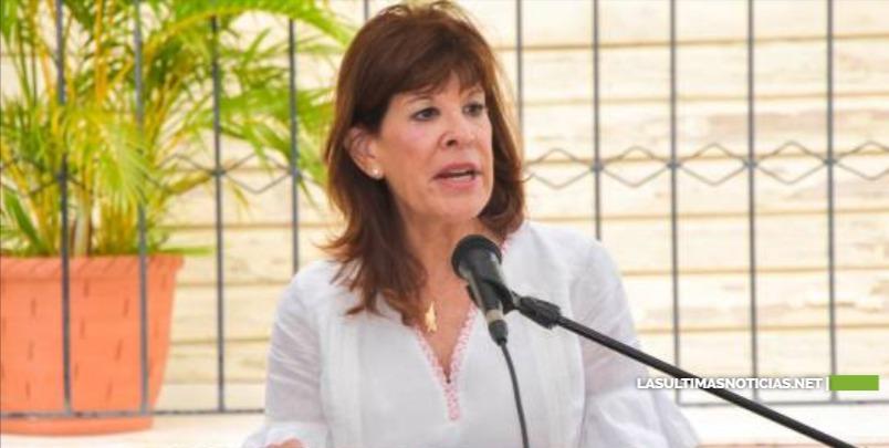 Embajadora EEUU informa inversión de US$11 millones en Puerto Plata