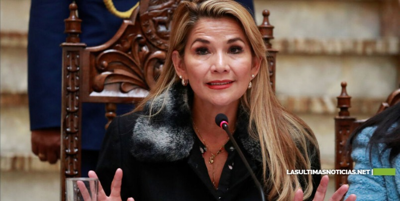 Jeanine Añez , Presidenta interina de Bolivia lamenta muertes y ofrece diálogo