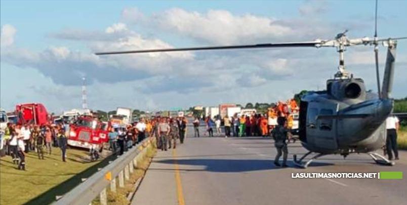 Al menos seis turistas accidentados fueron trasladados a centros de la capital