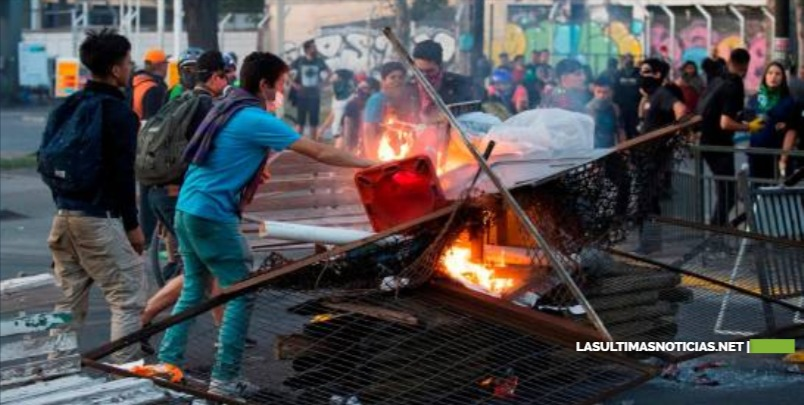 Chile se empeña en una solución de seguridad a una protesta que se ha atomizado