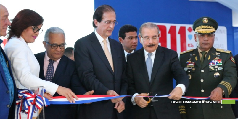 Presidente Medina deja en marcha el Sistema 9-1-1 en Azua
