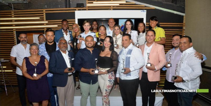 Premian Oficial FARD en Juventud Awards Puerto Plata 2019.