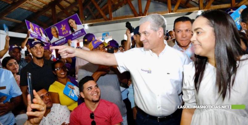 Gonzalo Castillo dice que el mejor presidente no es aquel que habla más bonito, sino el que más bienestar genera para el pueblo