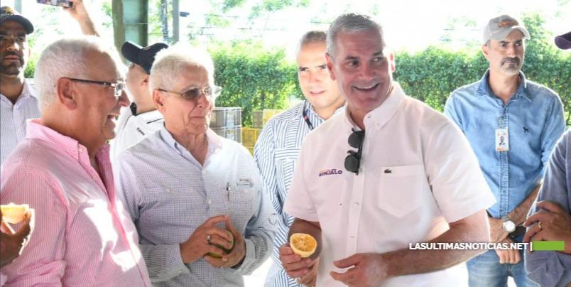 Gonzalo Castillo realiza extenso recorrido por Hato Mayor y los municipios de Sabana de la Mar y El Valle