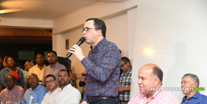 Andrés Navarro afirma que Gonzalo Castillo garantiza acelerar e proceso de desarrollo que vive nuestro país