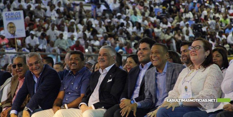 """PRD: Realiza exitosa Convención Nacional Miguel Vargas afirma: """"Somos la fuerza que decide"""""""