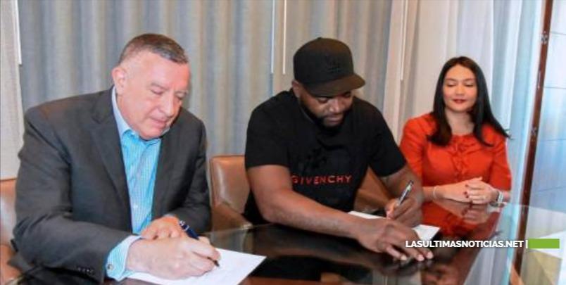David Ortiz y la firma Pellerano & Herrera formalizan acuerdo