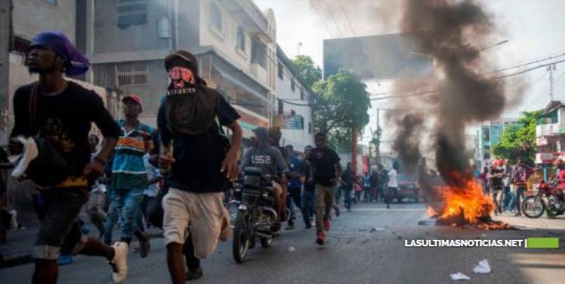 Haití ha entrado en recesión ahogado por la crisis política