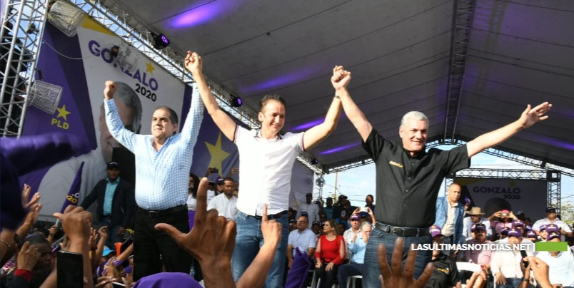 Gonzalo Castillo afirma que está trabajando por los candidatos a cargos municipales del PLD
