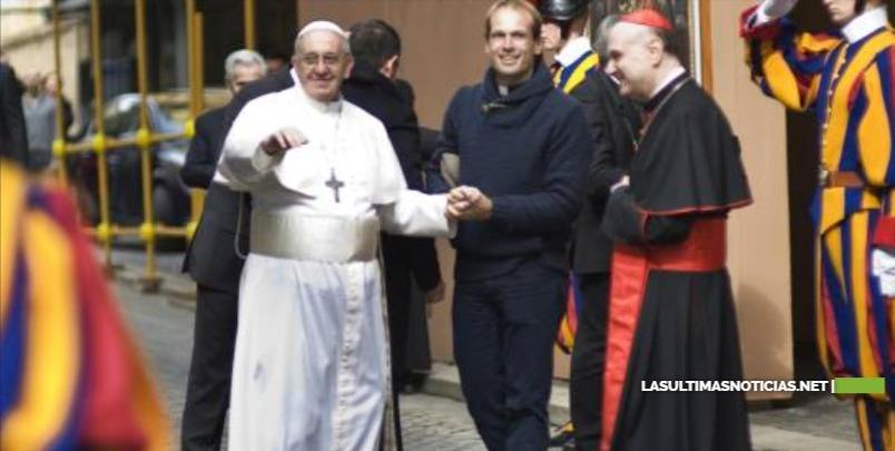 El papa escoge a cura uruguayo como su secretario