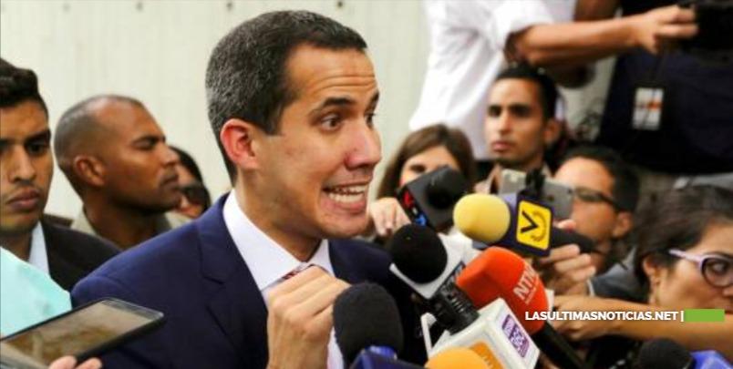 La Policía venezolana impide a Guaidó y otros diputados entrar al Parlamento